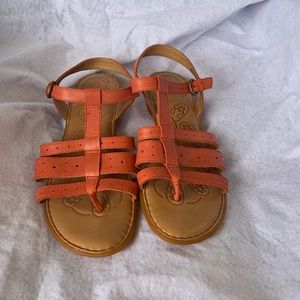 BORN sandals with open toes and ankle buckle strap